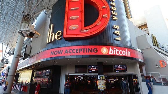 Quảng cáo cho tiền ảo Bitcoin tại Las Vegas, Mỹ