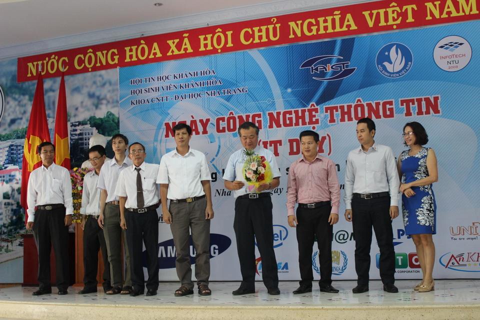 Khatech Tham Dự Ngày Công Nghệ Thông Tin – IT Day Tại ĐH Nha Trang 2014